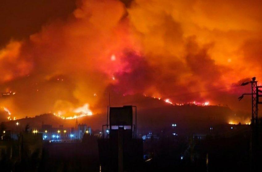 Fire spreads in Hatay in Turkey