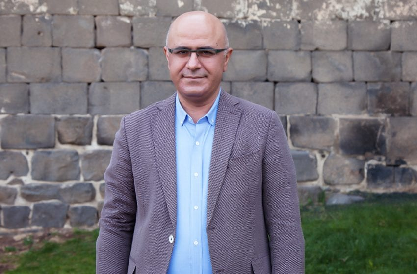 Interview with HDP's Vice co-Chair of Foreign Affairs, Hişyar Özsoy