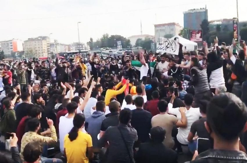 Protests against France in Turkey and Resulayn (Serekaniye) in Syria